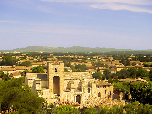 Pernes-les-Fontaines - Vaucluse - Luberon Provence