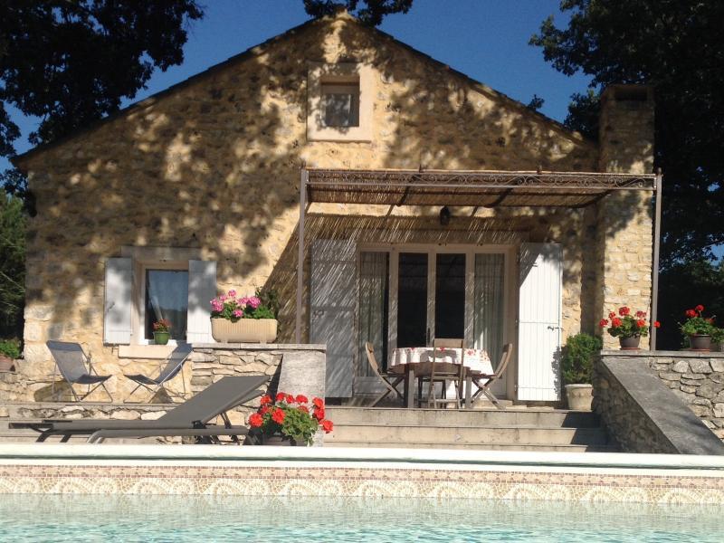 La marginette location de vacances en luberon murs - Location maison avec piscine luberon ...