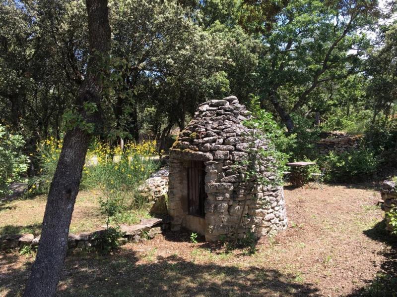 Le puits de la borie location de vacances en luberon - Location maison avec piscine luberon ...