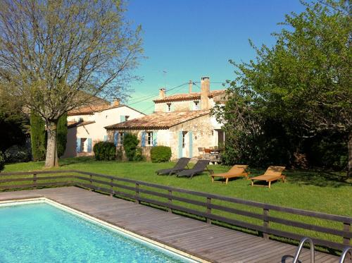 Mas des anges location de vacances en luberon saignon - Location maison avec piscine luberon ...